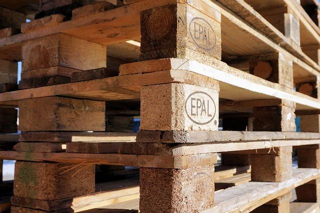 euro-pallets-1150267_640