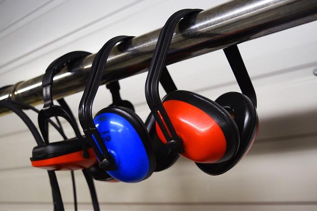 earmuffs-2755553_640