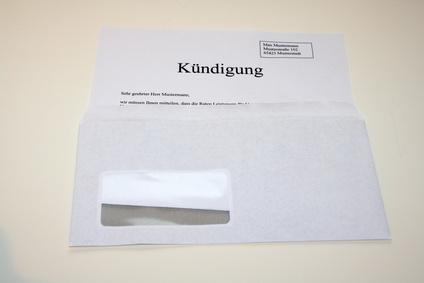 Wie sollte man einen Kündigungsbrief in Frankreich verfassen?